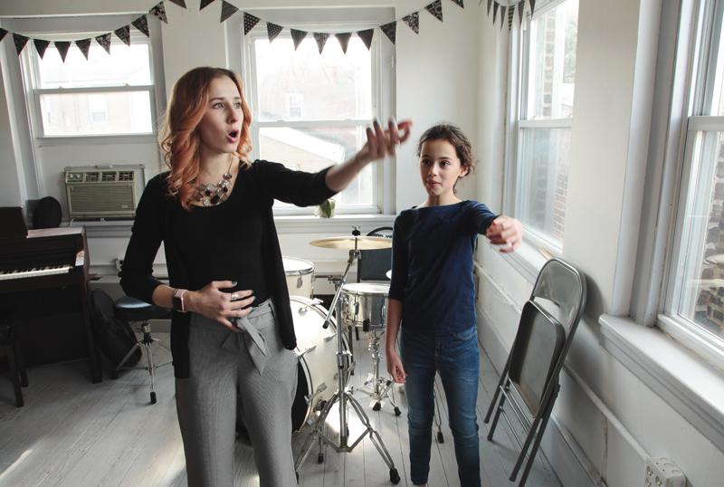 Уроки вокала в студии на Достоевской