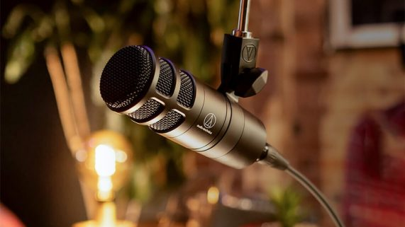 Audio-Technica AT2040 Hypercardioid Dynamic Podcast Microphon
