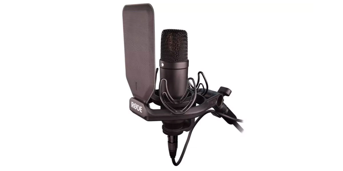 Rode NT1 microphone